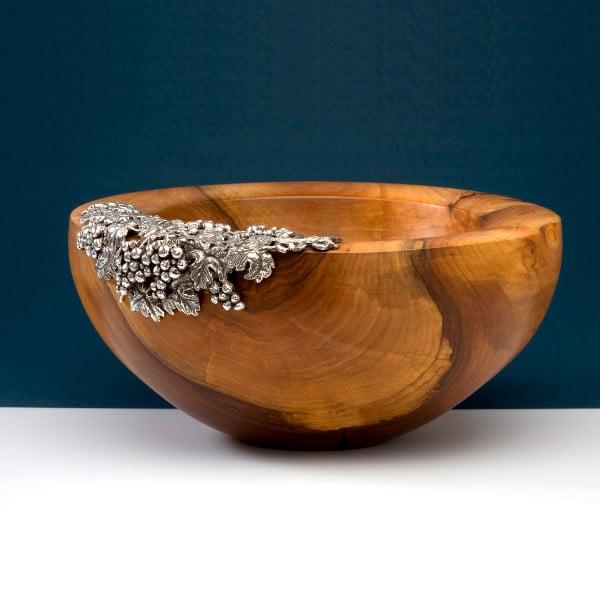 Holzschalen mit Silber